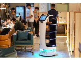 集膳斑斓送餐机器人